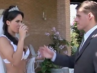 Shemalez Video - Tranny Bride