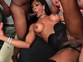 HClips Video - Andreia Scofani Gangbanged
