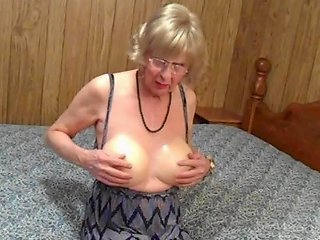 XHamster Video - Bigger Is Better Free Shemale Hd Videos Hd Porn Video 38