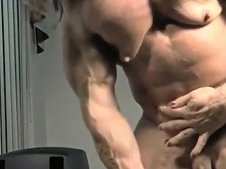 Shemalez Video - Muscle Hermaphrodite Jacks Off Her Tiny Dick