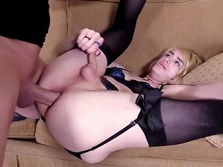 Analdin Video - Lucky Freaky Dude Sodomizes T Girl For A First Time